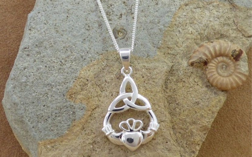 18k white gold Celtic Pendant