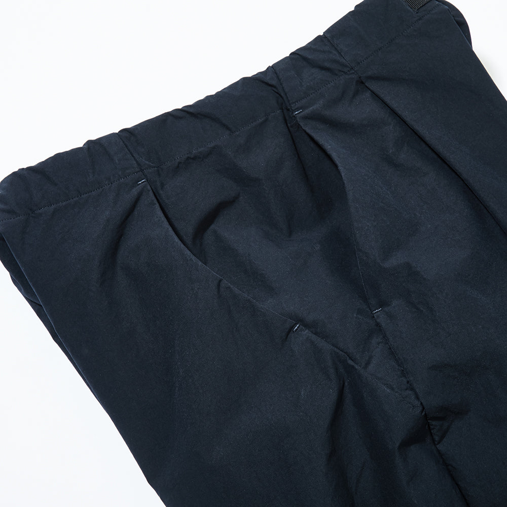1 TUCK EASY TAPERED TROUSERS