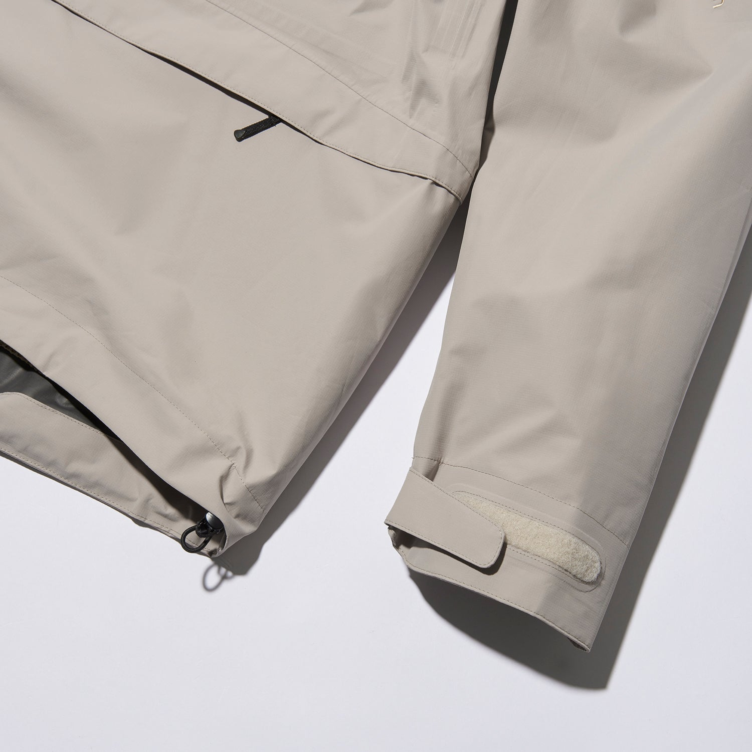 Gore-Tex Mountain Pullover