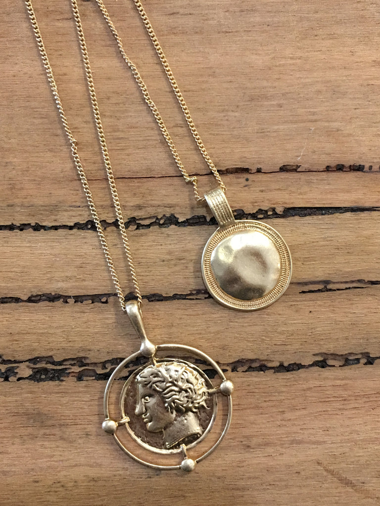 Commodus Double Round Necklace