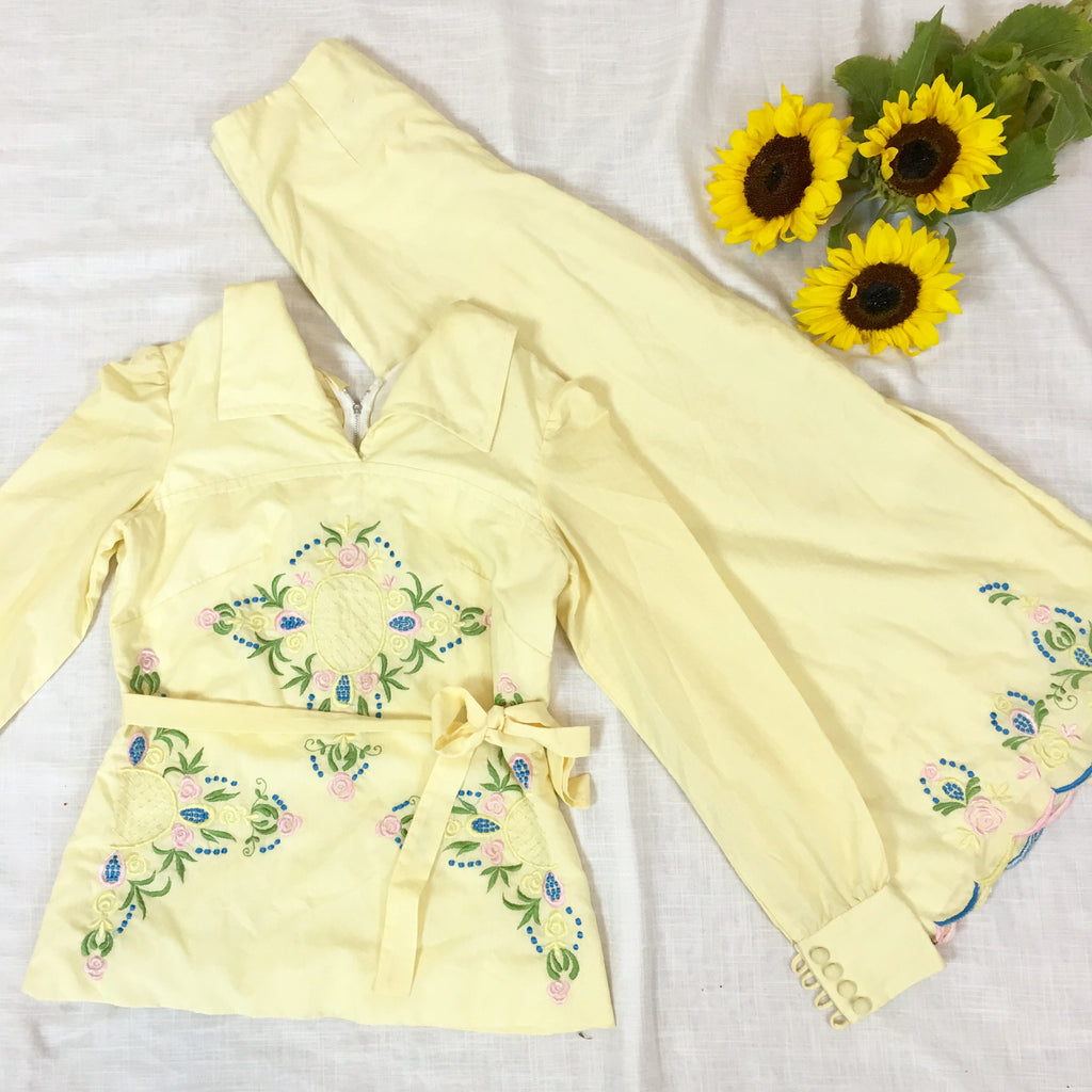 TRUE VINTAGE 70s LEMON EMBROIDERED FLARE SET