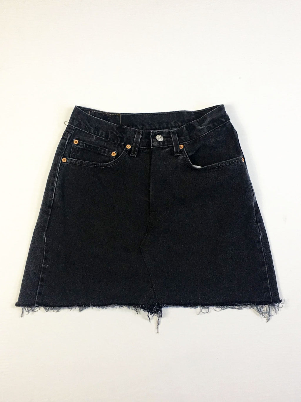 VINTAGE LEVI DENIM SKIRT - GUSSET STITCH - BLACK DENIM