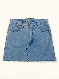 VINTAGE LEVI DENIM SKIRT - GUSSET STITCH - BLUE DENIM