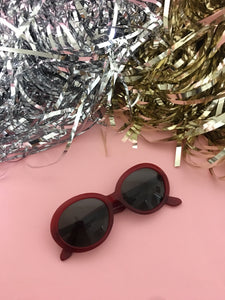True Vintage Sunglasses - 1970s Red Marianne Oval Sunglasses