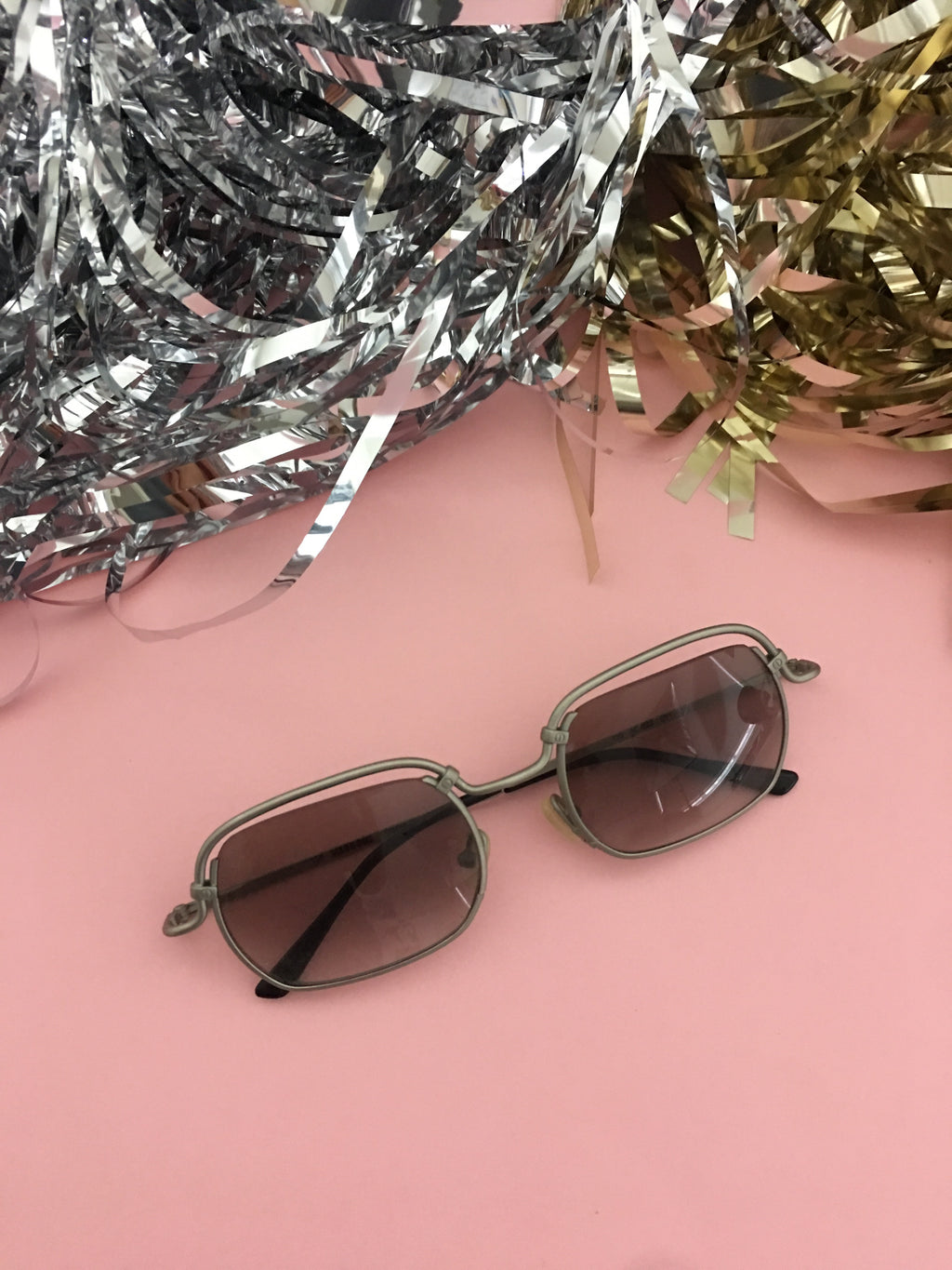 True Vintage Sunglasses - 1970s Lindsay Sunglasses