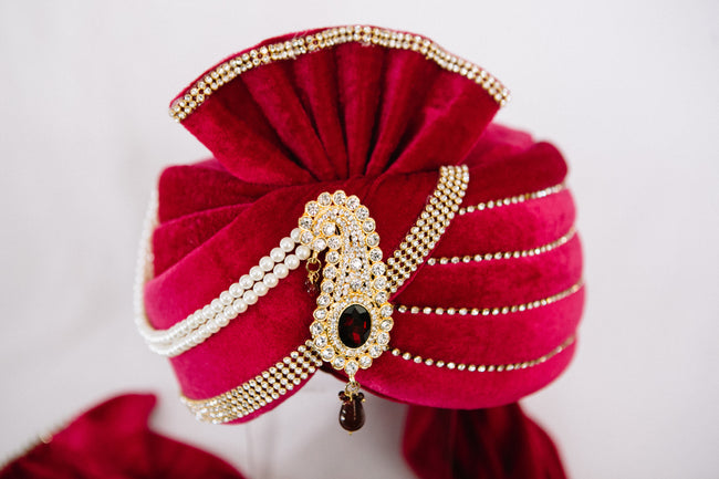 Fuchsia Turban with Kalgi