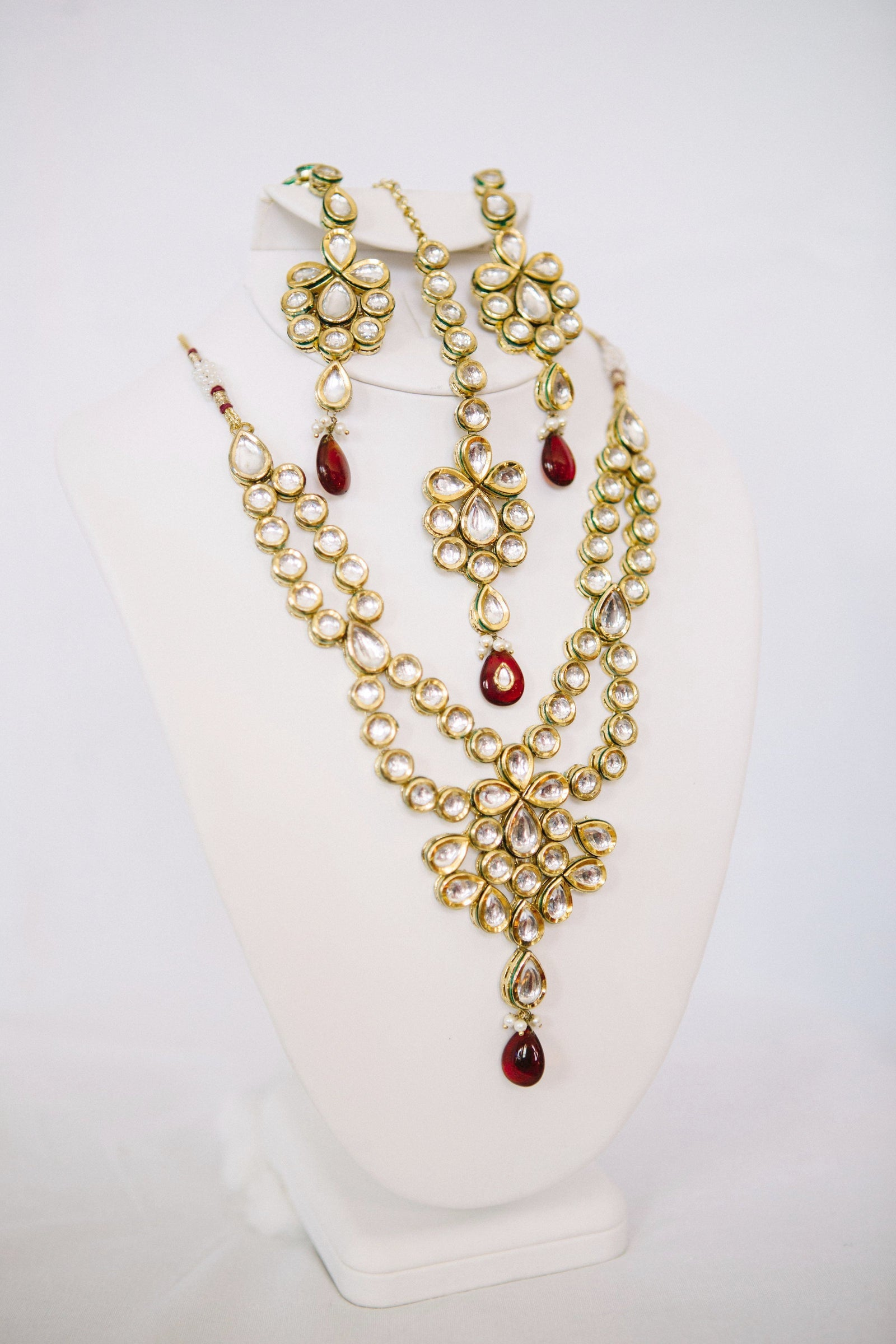 Kundan Set with Red Accents