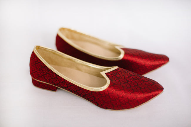 Satin Red Jutti/Mojri