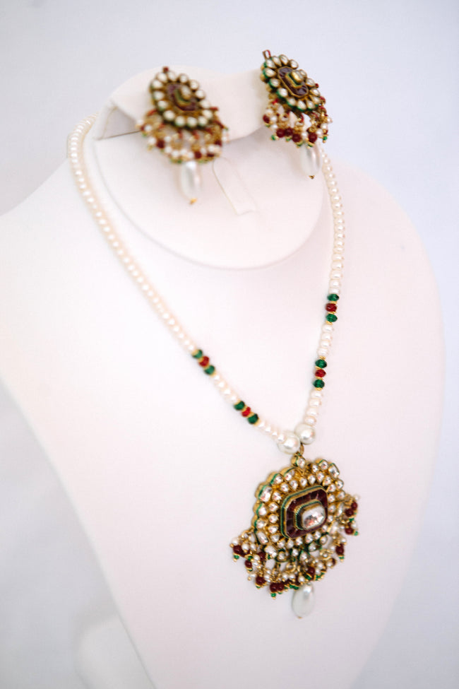 Kundan & Pearl Necklace Set