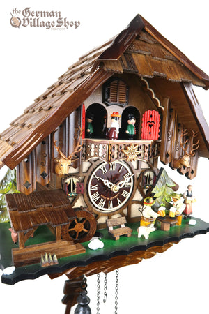 German Cuckoo Clock battery operated black forest chalet with moving beer drinkers and music