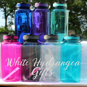 Mom Days - Motivational Water Bottle 32 Ounce - White Hydrangea Gifts