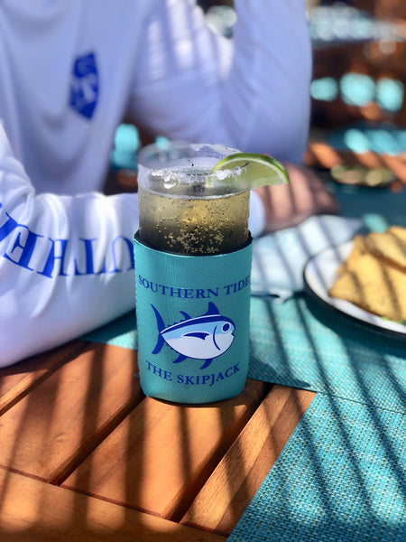 Southern Tide can caddie on table