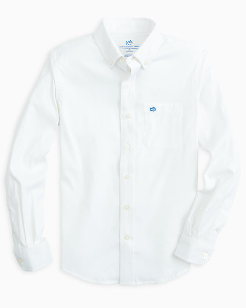 The flat front of the Boys Solid Intercoastal Button Down Shirt by Southern Tide