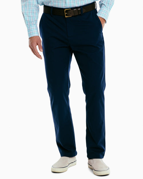 The front view of the Men's Jack Performance Pant by Southern Tide