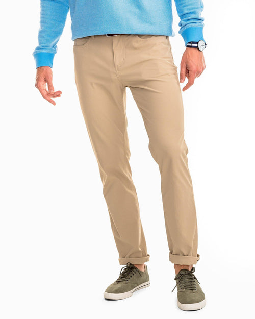 Intercoastal Performance Pant - Sandstone Khaki | Southern Tide
