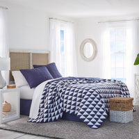 Portside Reversible Quilt | Southern Tide
