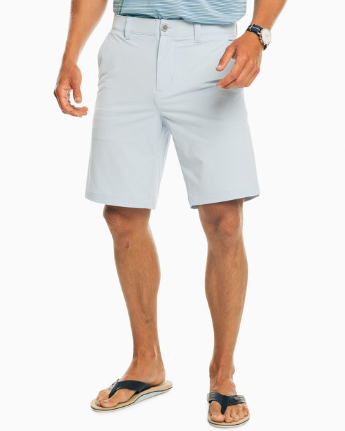 The front view of the Men's T3 brrr® Gulf 10 Inch Performance Short by Southern Tide