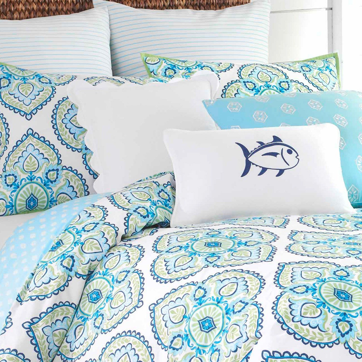 Summerville Reversible Comforter Set Southern Tide