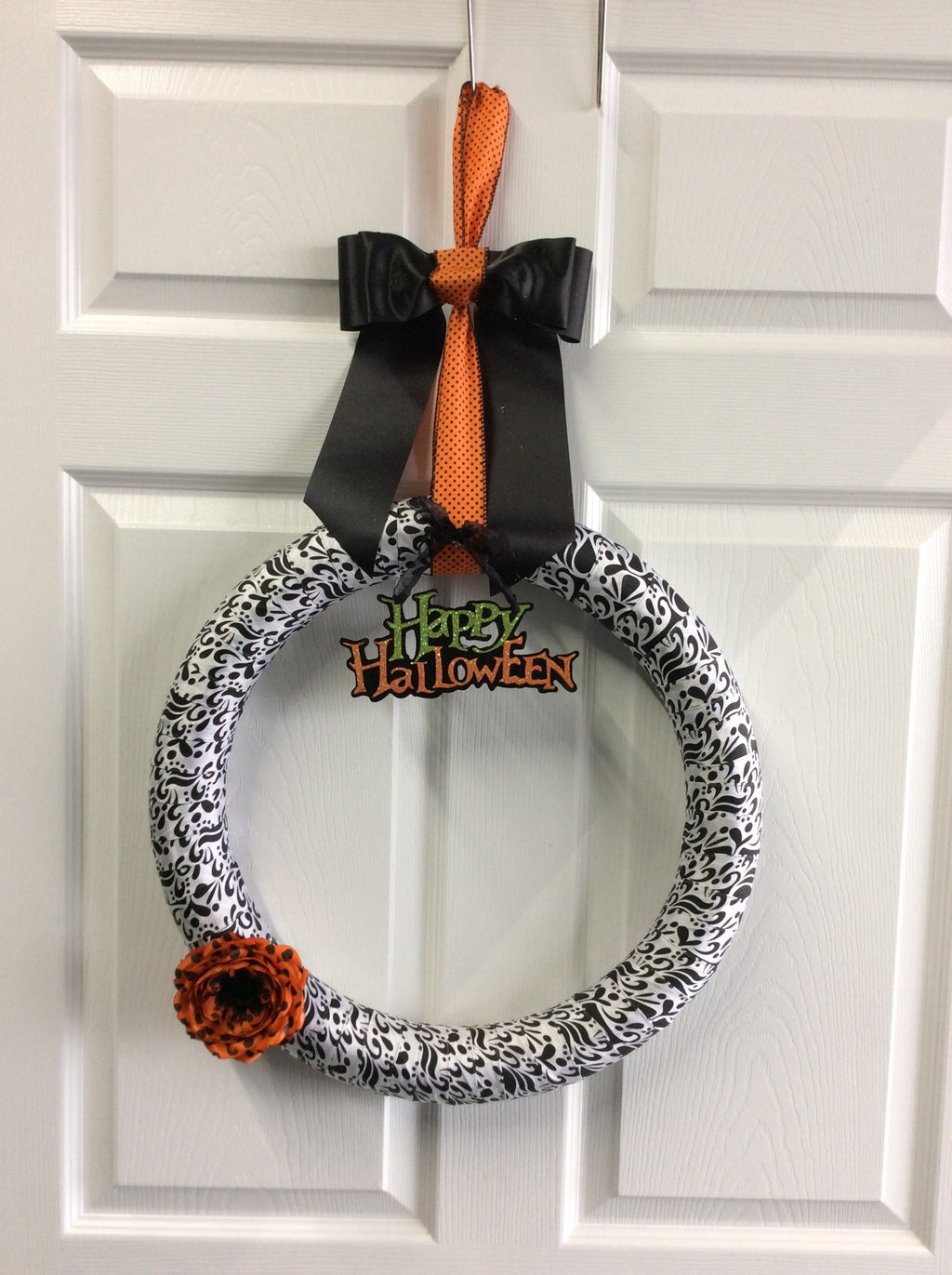 "18""Custom Halloween Wreath"