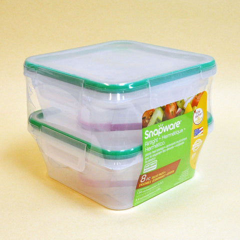 Snapware Plastic Food Storage Set (4 PCS)
