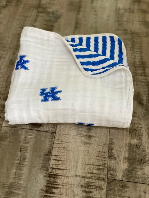 University of Kentucky Muslin Blanket