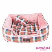 Amorette House Dog Bed by Pinkaholic