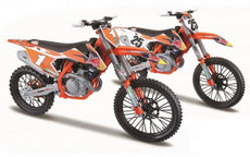 1/6 Red Bull KTM 2017 450 SX-F (2 Assorted)