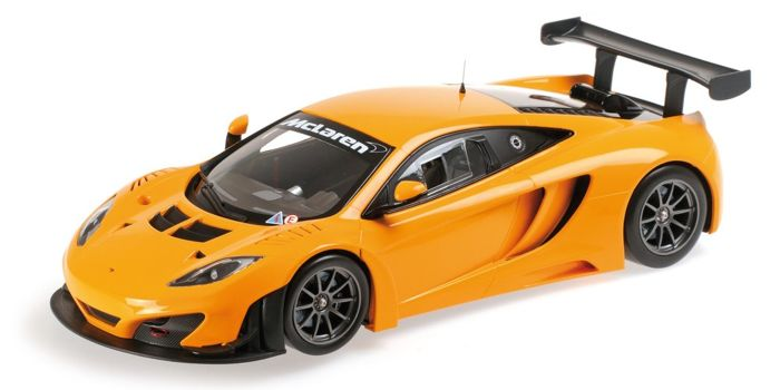 Minichamps - 1/18 2013 McLaren 12C GT3 - Orange