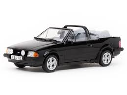 1/18 1984 FORD ESCORT MK3 XR3I  CABRIOLET BLACK