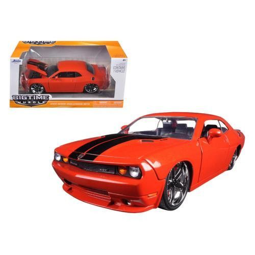 1/24 2008 DODGE CHALLENGERS STR8 BLACK BIGTIME MUSCLE