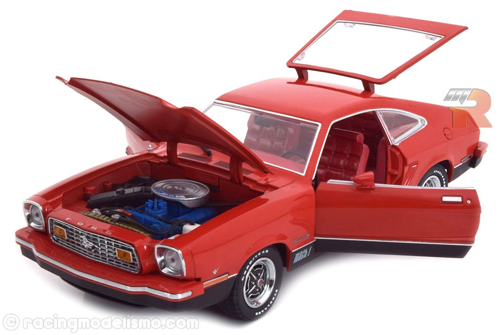 1/18 FORD MUSTANG KING COBRA