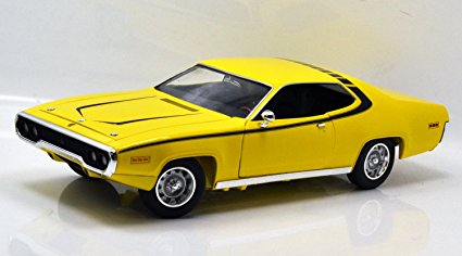 1/18 DAISY DUKE 1971 PLYMOUTH SATELLITE