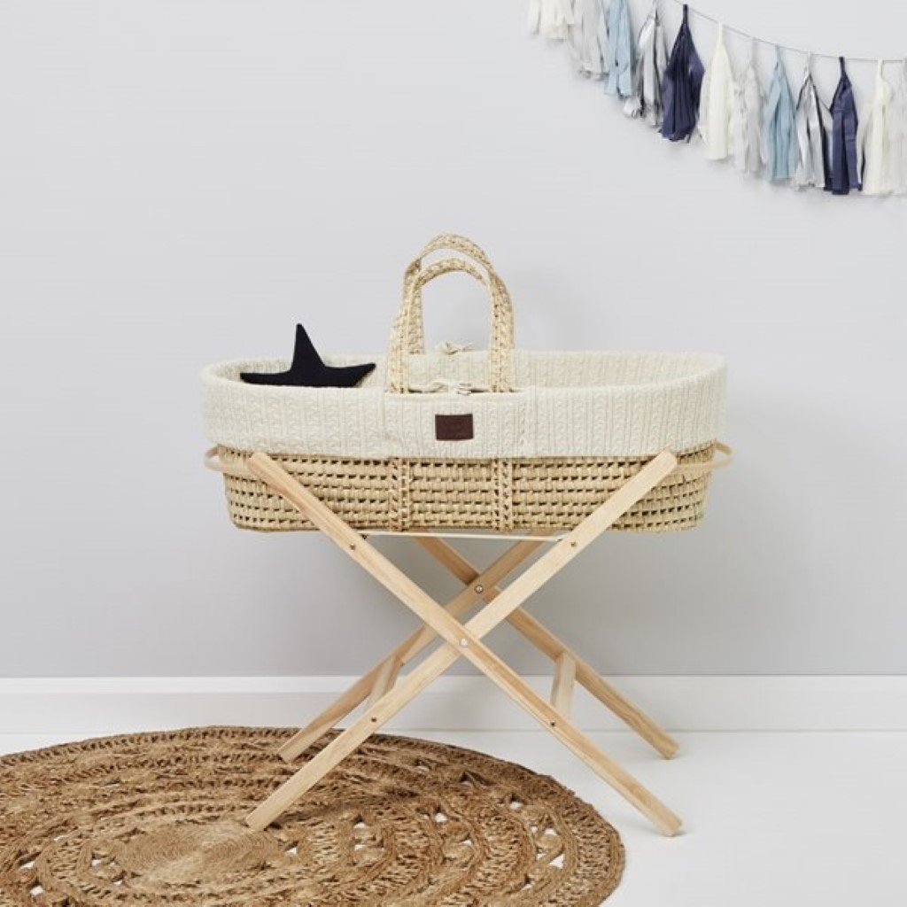 Bambinista-THE LITTLE GREEN SHEEP-Furniture-The Little Green Sheep Organic Knitted Moses Basket & Mattress - Linen