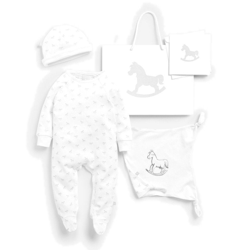 Bambinista-THE LITTLE TAILOR-Gifts-Super Soft Jersey Sleep Suit, Hat And Comforter Gift Set- White