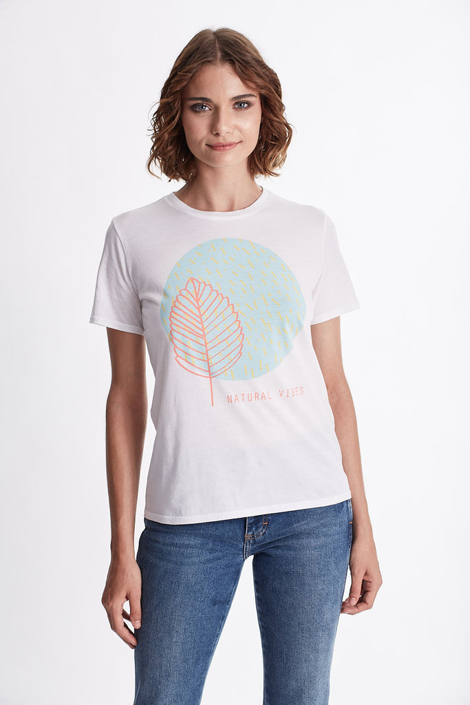 Women NATURAL VIBES Graphic Tee