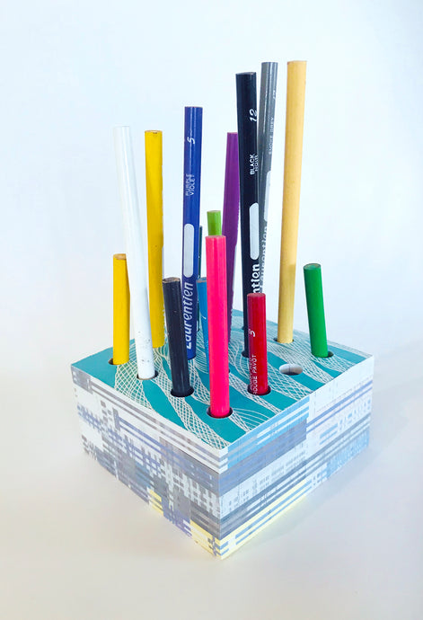 Trélitastandur A / Pencil Holder A