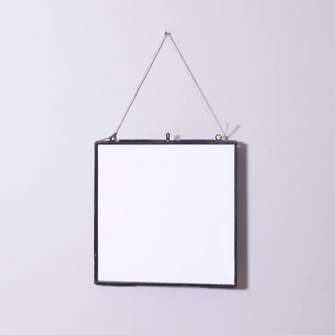 SERENE SQUARE GLASS FRAME