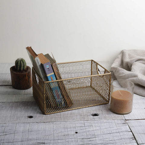 GOLDEN MESH BASKET