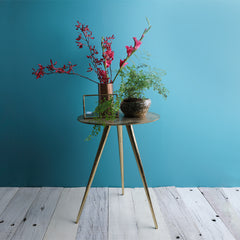 THE TRIA SIDE TABLE