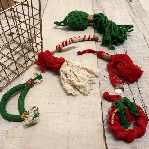 'TIS THE SEASON CHRISTMAS BASKET - 6 RED AND GREEN MACRAME ORNAMENTS + JORG BASKET