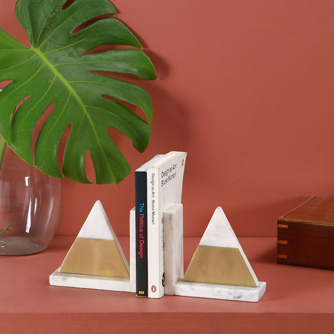 MABRA TRIANGLE BOOKEND