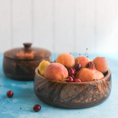 WOODEN BOWLS WITH LID - SET OF 2