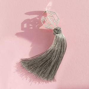 FORBIDDEN TASSEL EARRING - SHARKFIN GREY