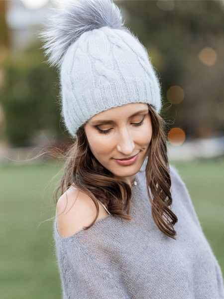 BEANIE WITH GENUINE FUR POM POM