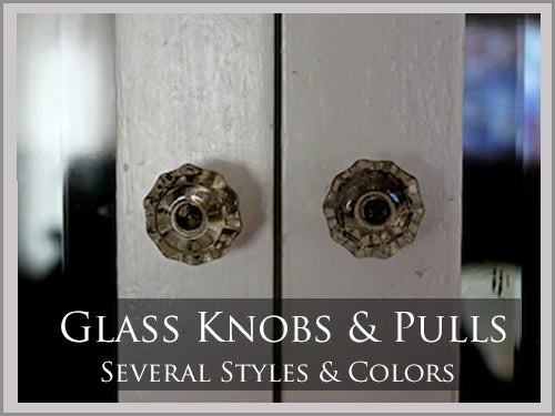 GLASS KNOBS & PULLS