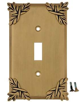 Ribbon & Reed Sonnet Leaf Wall Plate (Antique Brass Gold Finish)
