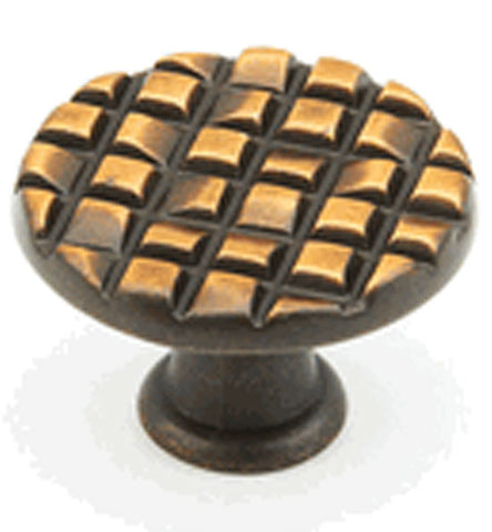 Schaub Mosaic Small Round Cabinet & Furniture Knob