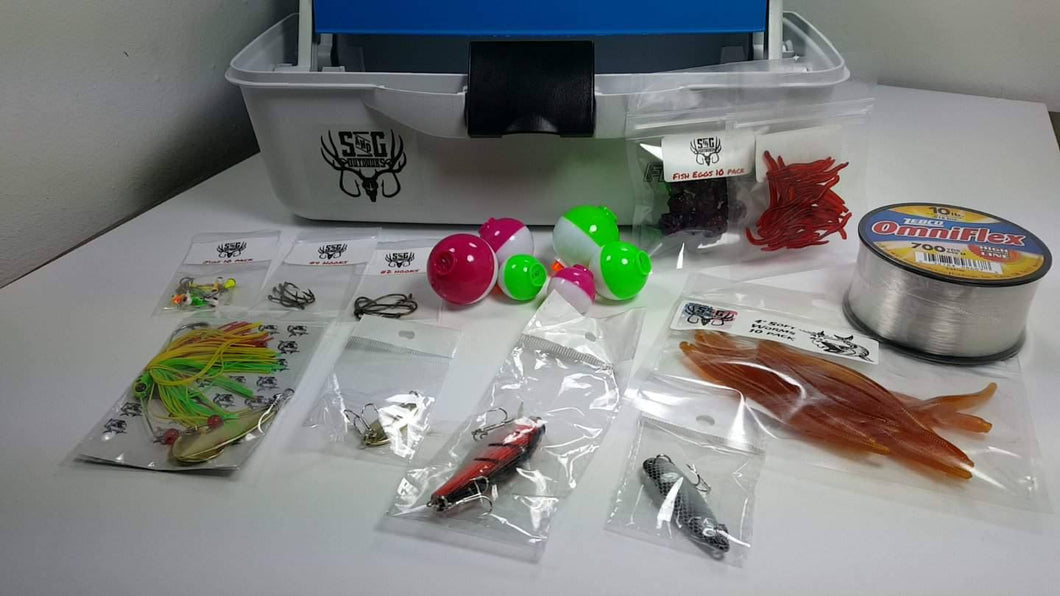 Fishing Small tackle box comes with everything in pic