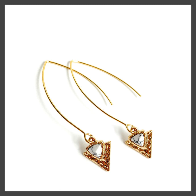 Textured Triangle Earrings in Gold/White