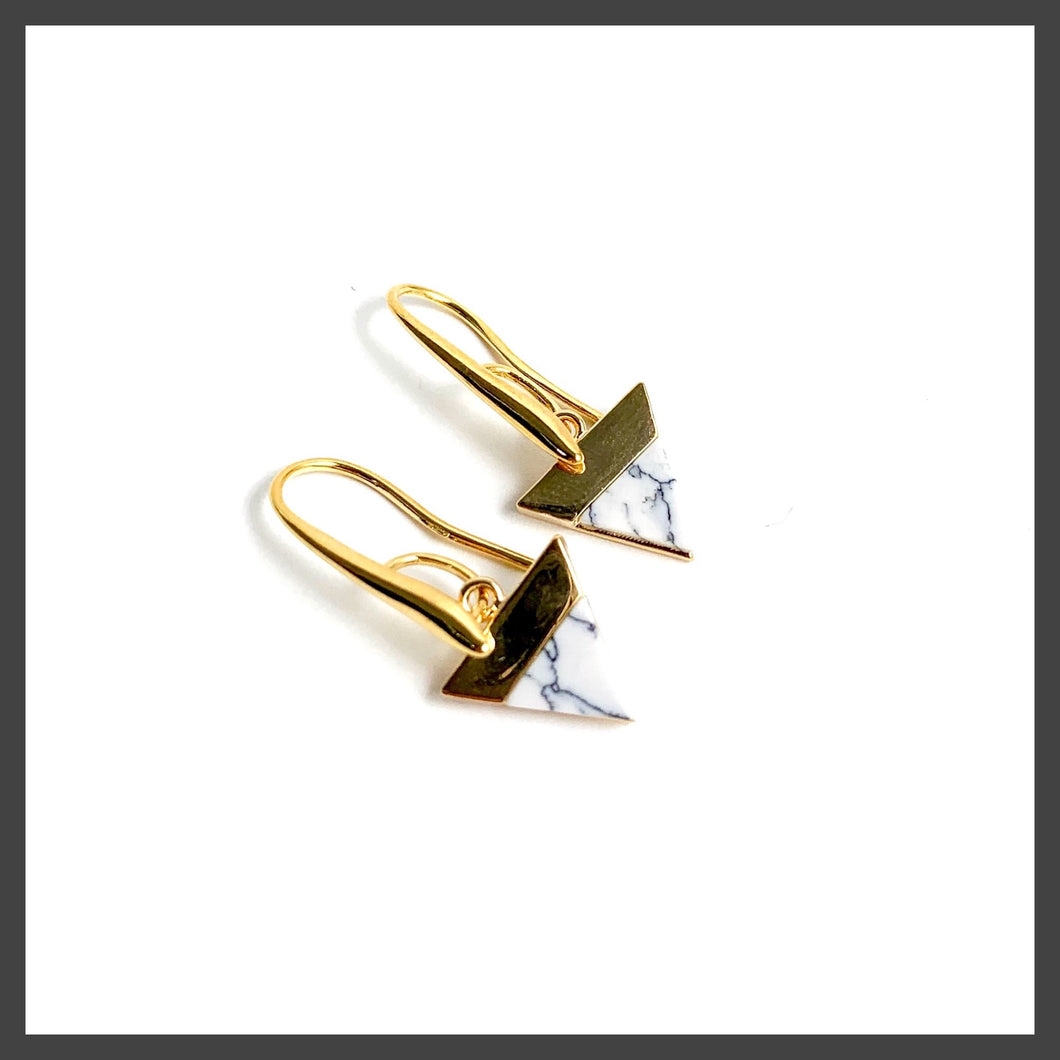 Solid Triangle Earrings in White Marble/Gold